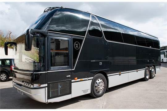 NEOPLAN Starliner coach bus