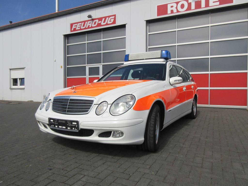 Mercedes benz 220 cdi model 211 feuerwehr ambulances for for Mercedes benz website germany