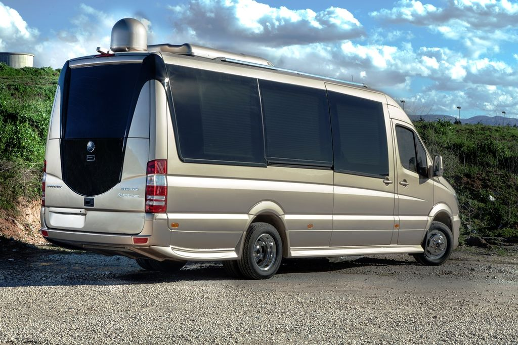 New mercedes benz vip sprinter 324 passenger van for sale for Mercedes benz sprinter passenger