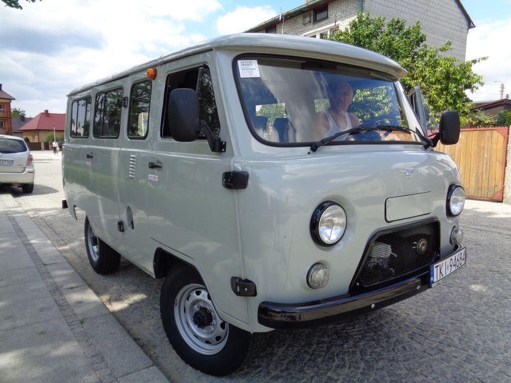 new uaz 2206 passenger van for sale from russia buy passenger van tn13060. Black Bedroom Furniture Sets. Home Design Ideas